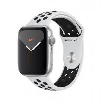 Apple WATCH Nike Series 5 44mm GPS Aluminiumgehäuse silber Sportarmband Pure Platinum Black